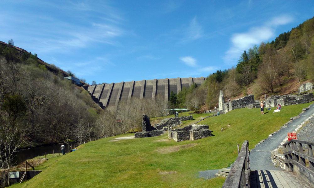 clwywedog-dam-overlooking-Bryntail-mines